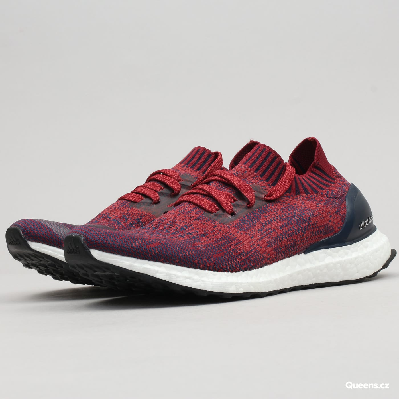 adidas UltraBoost Uncaged mystery red / colburgundy / colnavy