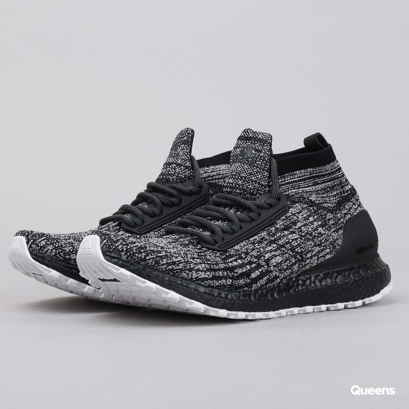 adidas Performance UltraBoost All Terrain LTD cblack / ftwwht